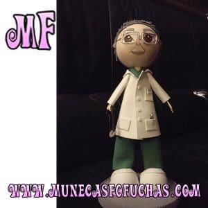 Fofucha personalizada doctor