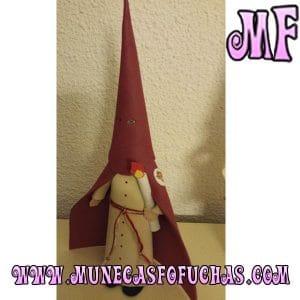 Muñeca fofucha semana santa con capa