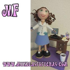 Muñeca Fofucha personalizada secretaria y escritorio 2
