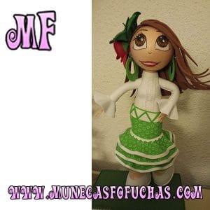 Muñeca Fofucha personalizada sevillana 1