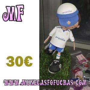 Muñeca fofucha personalizada jugador Zaragoza con gorra