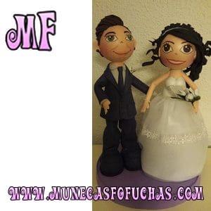 Muñeca Fofucha personalizada 2018 pareja de novios