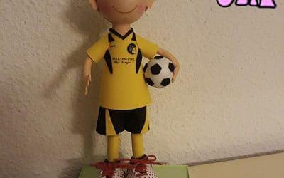 Cómo hacer un Muñeco Fofucho Futbolista